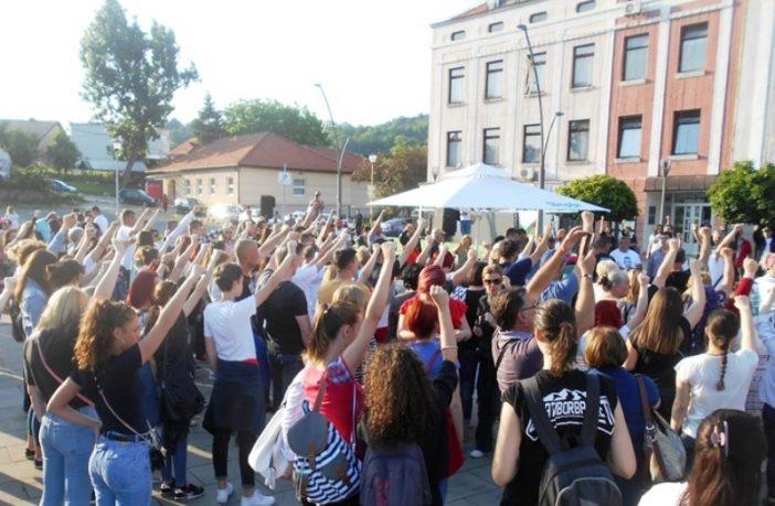 TUZLA: Mirni protest za Davida i Dženana