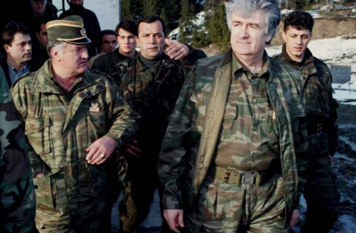 Politički i medijski centri u RS-u skreću pažnju sa suštine presude Karadžiću