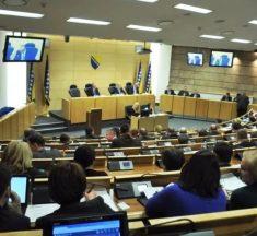 """""""Zlatni penzioneri"""": 29 parlamentaraca tokom aktuelnog mandata stiče pravo na starosnu penziju i isplatu otpremnine"""