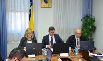 Vlada FBiH traži smanjenje naknada za usluge notara i advokata