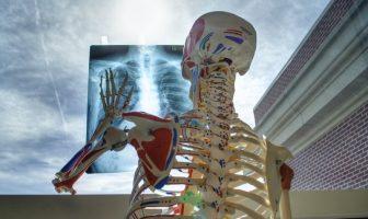 Pandemija virusa COVID -19 otkrila je manjkavosti zdravstvenog sistema