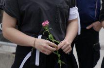 Dan bijelih traka: 102 bijele ruže za ubijenu djecu Prijedora