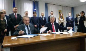 Izetbegović i Čović potpisali sporazum o održavanju izbora u Mostaru