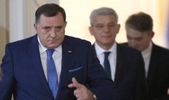 Dodik odsutan iz Predsjedništva BiH od 19. decembra 2020. godine, protokolarno bi ga trebao mijenjati Komšić