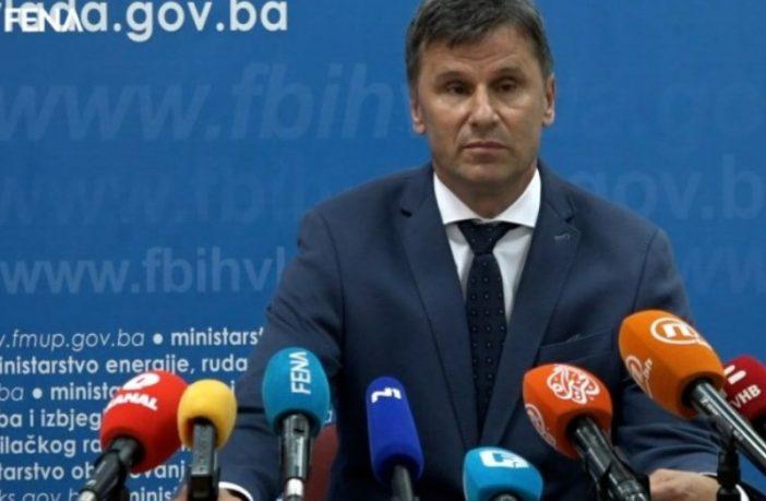 Novalić potvrdio: Potpisan ugovor o 500.000 doza kineske vakcine