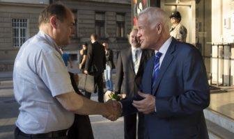 Visokog predstavnika Šmita čeka mnogo posla: Početak mandata u mučnoj političkoj atmosferi u BiH